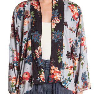 NWT Dark & Light Blue Floral Colorblock Kimono